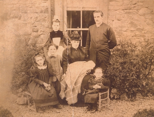 Ethel Hodgson and Family